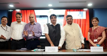 The Union Minister for Electronics & IT and Law & Justice, Shri Ravi Shankar Prasad and the Union Minister for Road Transport & Highways and Shipping, Shri Nitin Gadkari launching the Integration of Digital Locker with Driving Licence and vehicle registration system of the Ministry of Transport and Highways, in New Delhi on September 07, 2016.