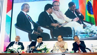 The Union Minister for Finance and Corporate Affairs, Shri Arun Jaitley along with the Governor, Reserve Bank of India, Dr. Urjit Patel, the Chairman, Securities Exchange Board of India, Shri U.K. Sinha and the Dy. Governor, Reserve Bank of India, Shri R. Gandhi, at the BRICS seminar, in Mumbai on October 13, 2016.